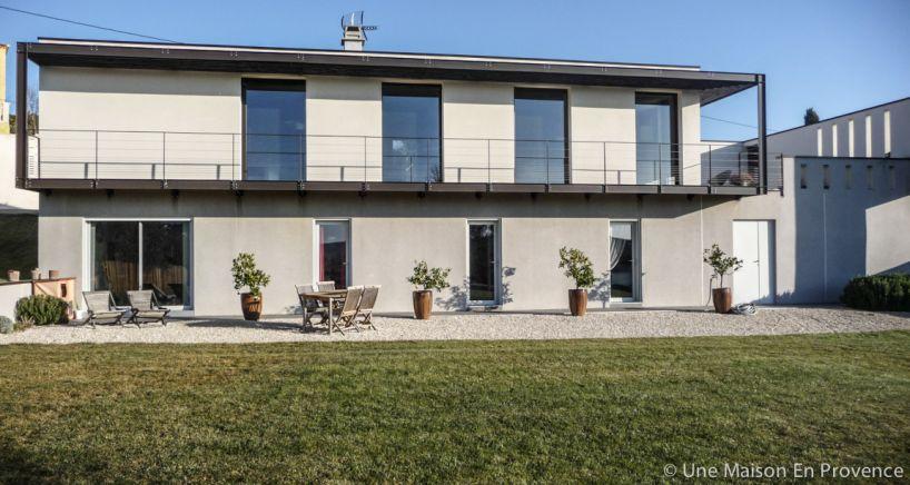 Maison d'architecte Rochefort du gard, 7 pi�ce(s)