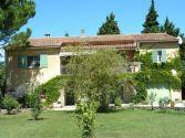 Villa Saze