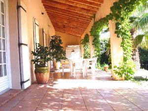 Villa Roquemaure, 6 pièce(s)