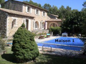Maison Menerbes, 7 pièce(s)