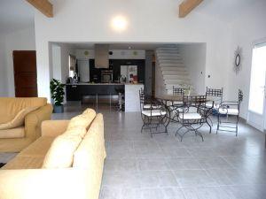 Maison Saint-laurent-des-arbres, 7 pièce(s)