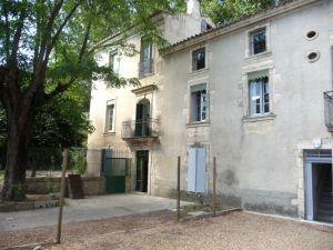 Maison de maître Montfrin, 12 pièce(s)