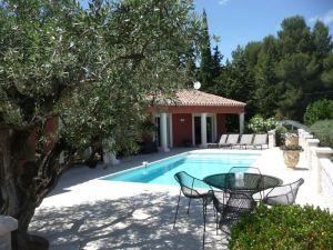 Villa Sauveterre, 7 pièce(s)
